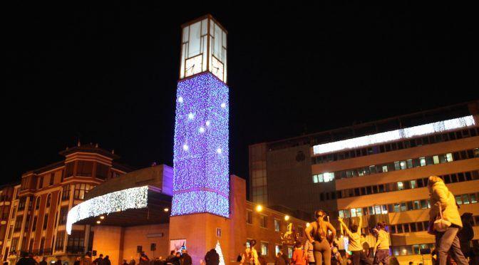Encendido de luces navideñas con los coros Gazte y Txiki