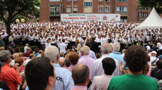 Éxito de participación en el XXXII Día Coral de Bizkaia 2015 – FOTOS